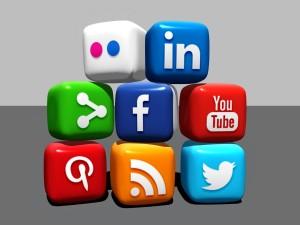 social-media-488886-300x225